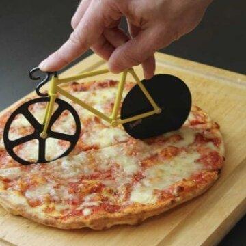 Fixie Bike Pizza Cutter 1 e1525351148262