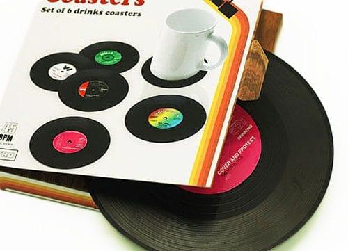 Drikkeholdere formet som vinylplater