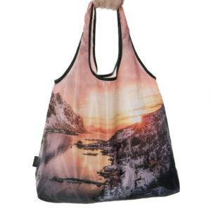 Vakkert og økovennlig handlenett med motiv fra Lofoten