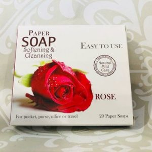 Papirsåper for håndhygiene med duft av roser i eske