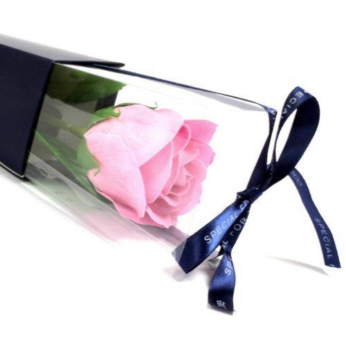 Rosa såperose i emballasje