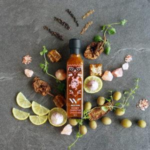 Dressing (på glassflaske) med smak av honning og chipotle fra Wild Fire Foods