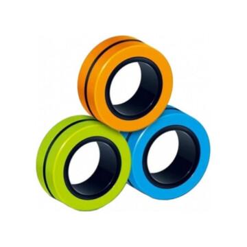 3 Magnetiske fidgetringer i oransje, grøn og blå